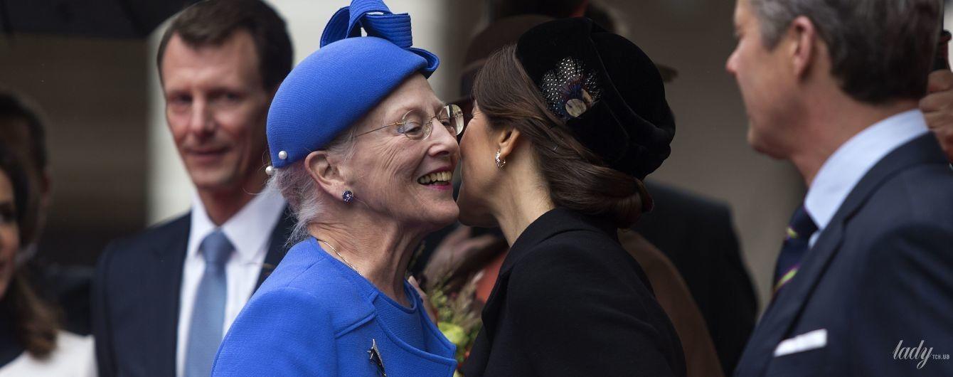 Какая яркая: 78-летняя королева Маргрете II на торжественном мероприятии в Дании