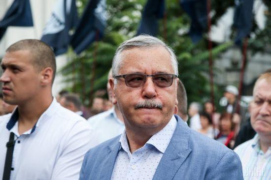 Гриценко заявив, що напади на нього організували керівник особистої охорони Порошенка та заступник голови СБУ