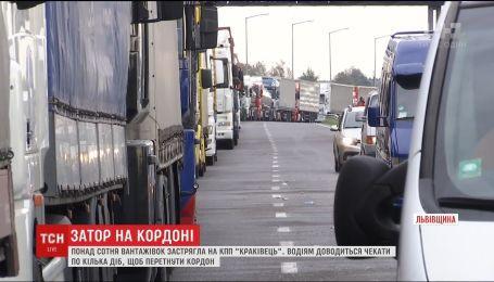 Затори на польському кордоні з боку України зменшуються
