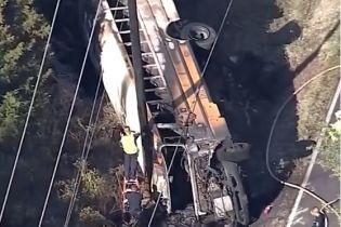 У Техасі перекинувся і загорівся шкільнийавтобус:загинула дитина