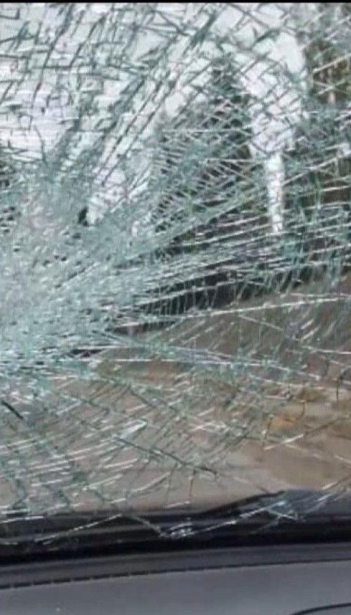 У Дніпрі впіймали пенсіонера, який розбив камінням щонайменше 40 припаркованих авто