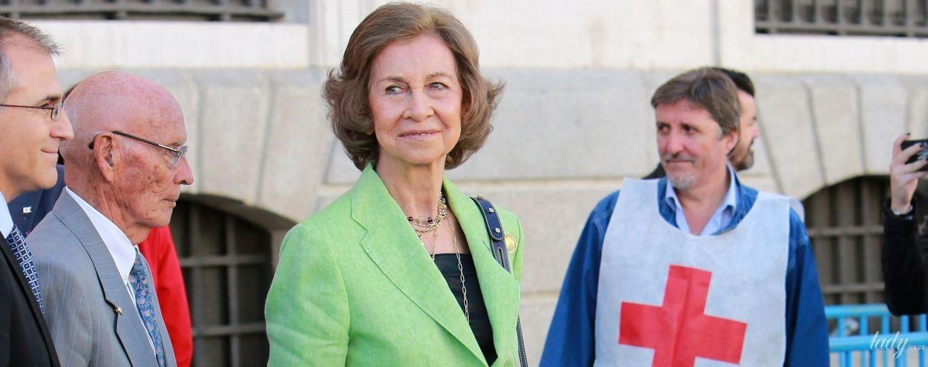 Не гірше невістки: королева Софія в яскравому піджаку прийшла на захід
