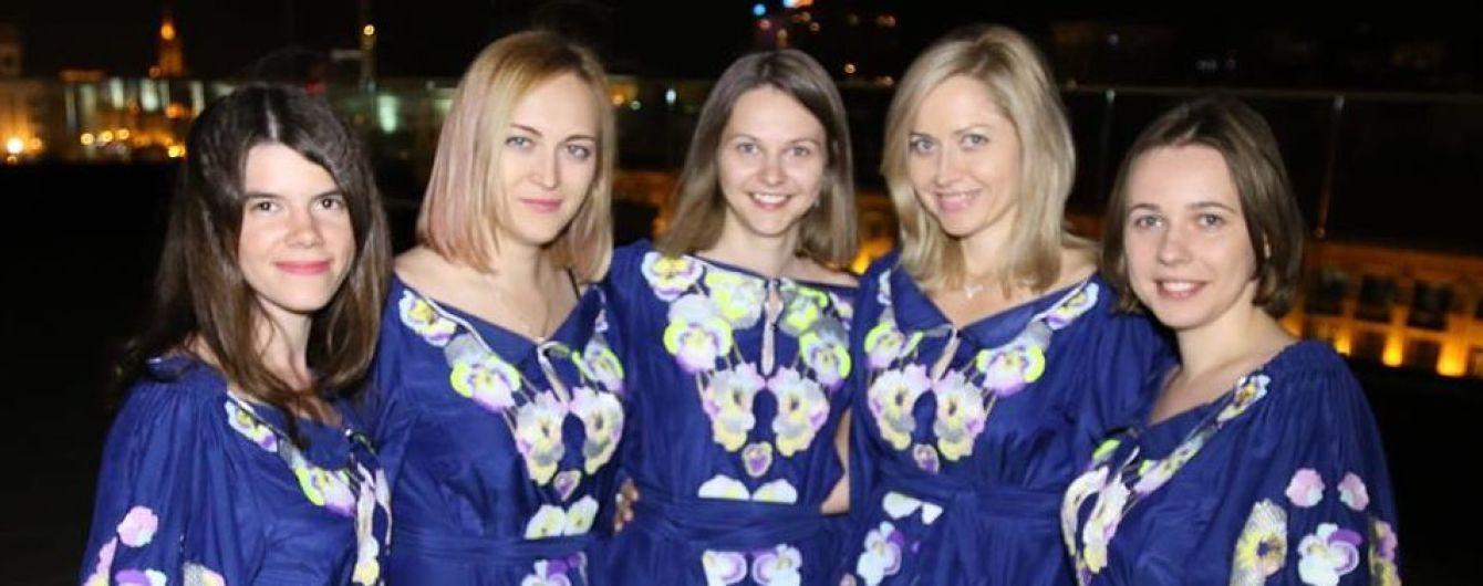 """Українки виграли """"срібло"""" Всесвітньої шахової олімпіади"""