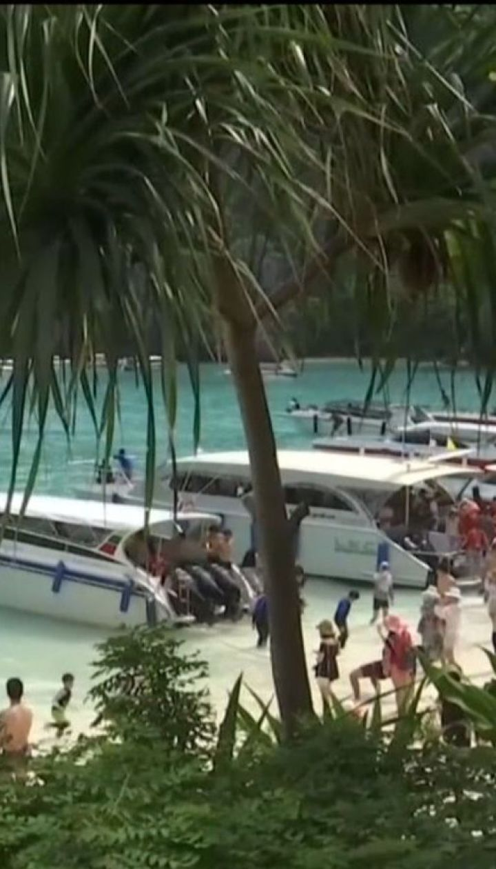 Из-за наплыва туристов на популярный пляж Майя пострадало 80% кораллов