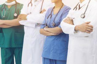 Понад 70 % українців задоволені сімейними лікарями: 24 млн осіб підписали декларації із медиками