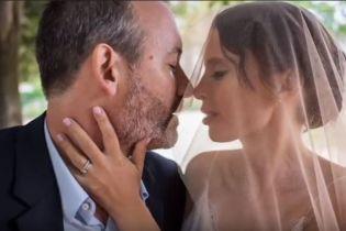 Ірена Карпа вийшла заміж за нащадка Віктора Гюго і показала романтичні весільні фото