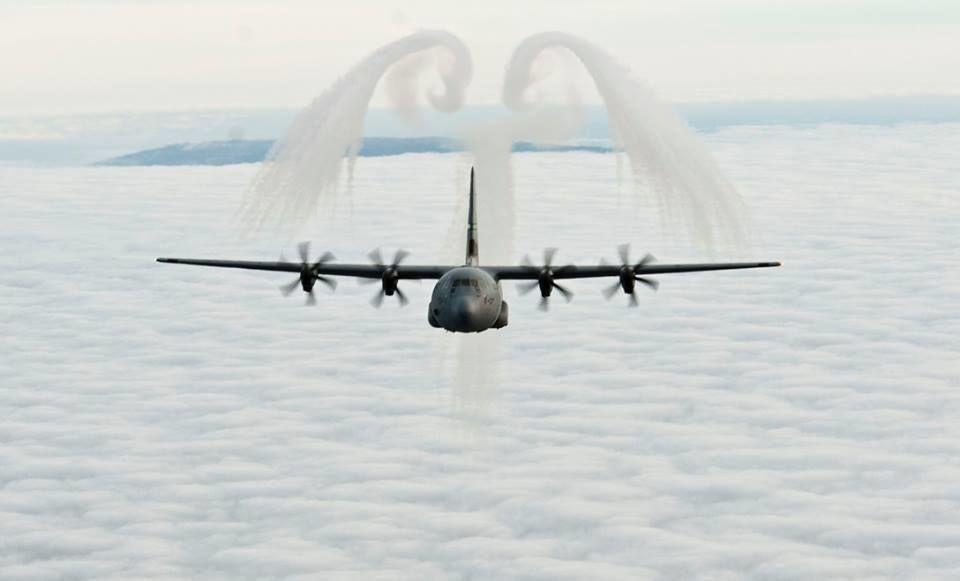 Військовий літак США 2