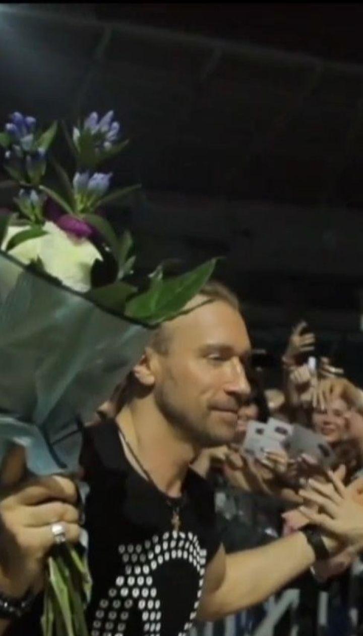 Учителям Одещини на професійне свято подарували безкоштовні квитки на концерт Винника