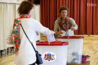 На виборах у Латвії перемагає проросійська партія - екзит-пол