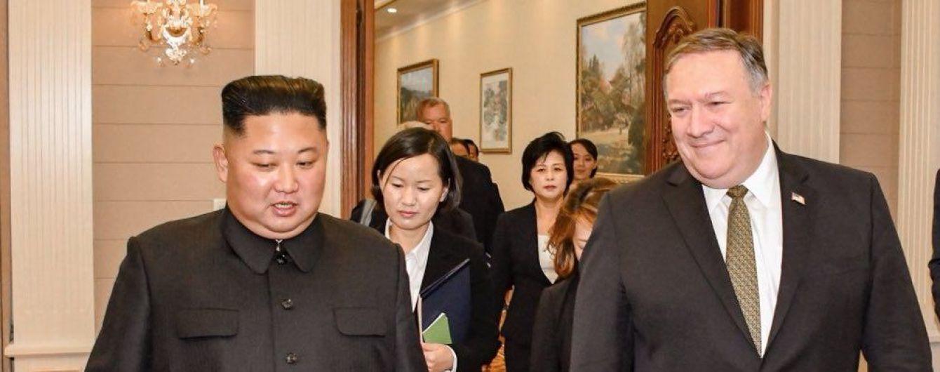 Госсекретарь США Помпео встретился с Ким Чен Ыном