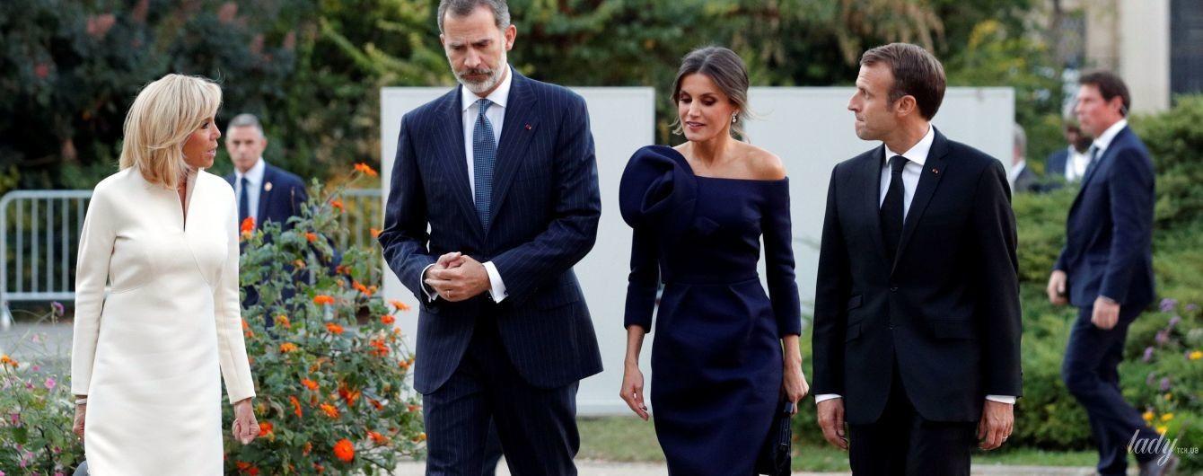 Розкішна королева Летиція і стильна Бріжит Макрон: іспанська королівська чета на прийомі у Франції