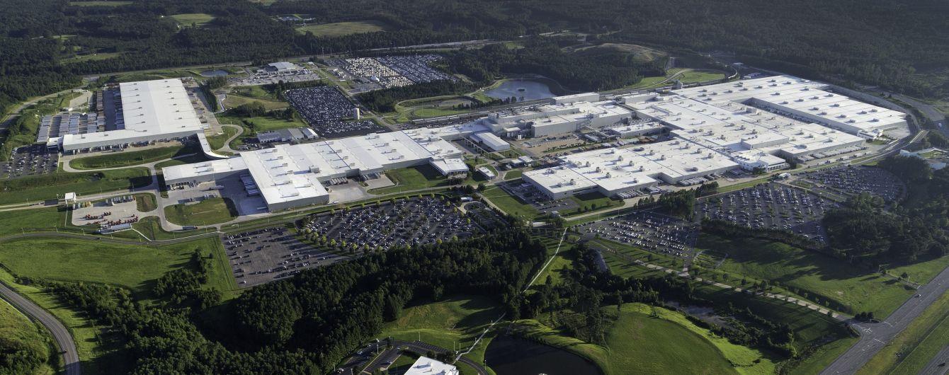 Mercedes-Benz строит мегазавод по производству батарей в США