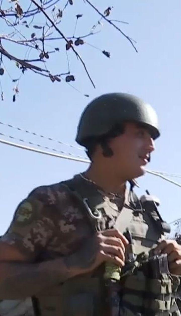 Украинских военных под Донецком оккупанты обстреливают средь бела дня