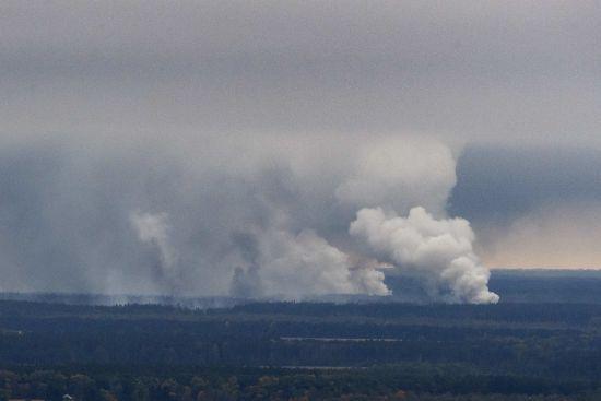 Захист складів та покарання для винних: Порошенко прокоментував вибухи біля Ічні