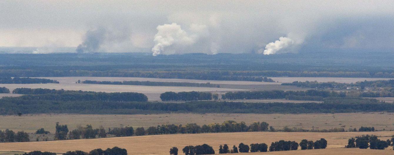Як на військових складах неподалік Ічні боролися з масштабною пожежею. Хроніка дня