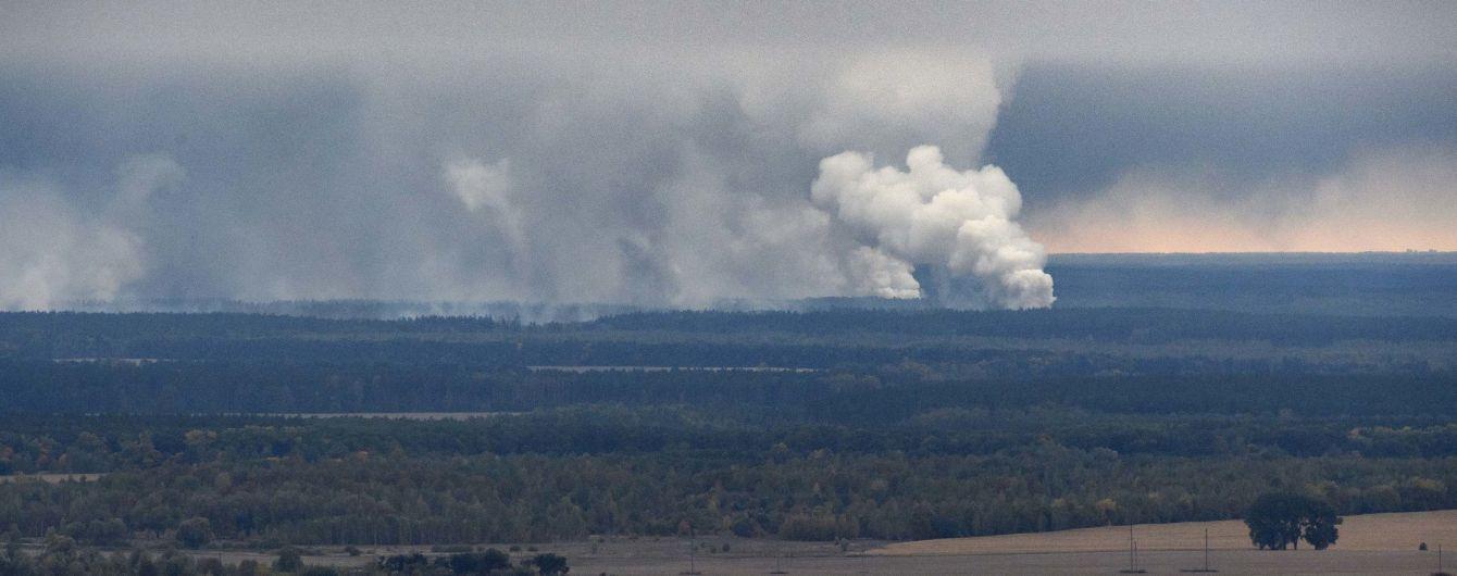 Вибухи на військових складах біля Ічні: у соцмережі оприлюднили перше відео з дрона