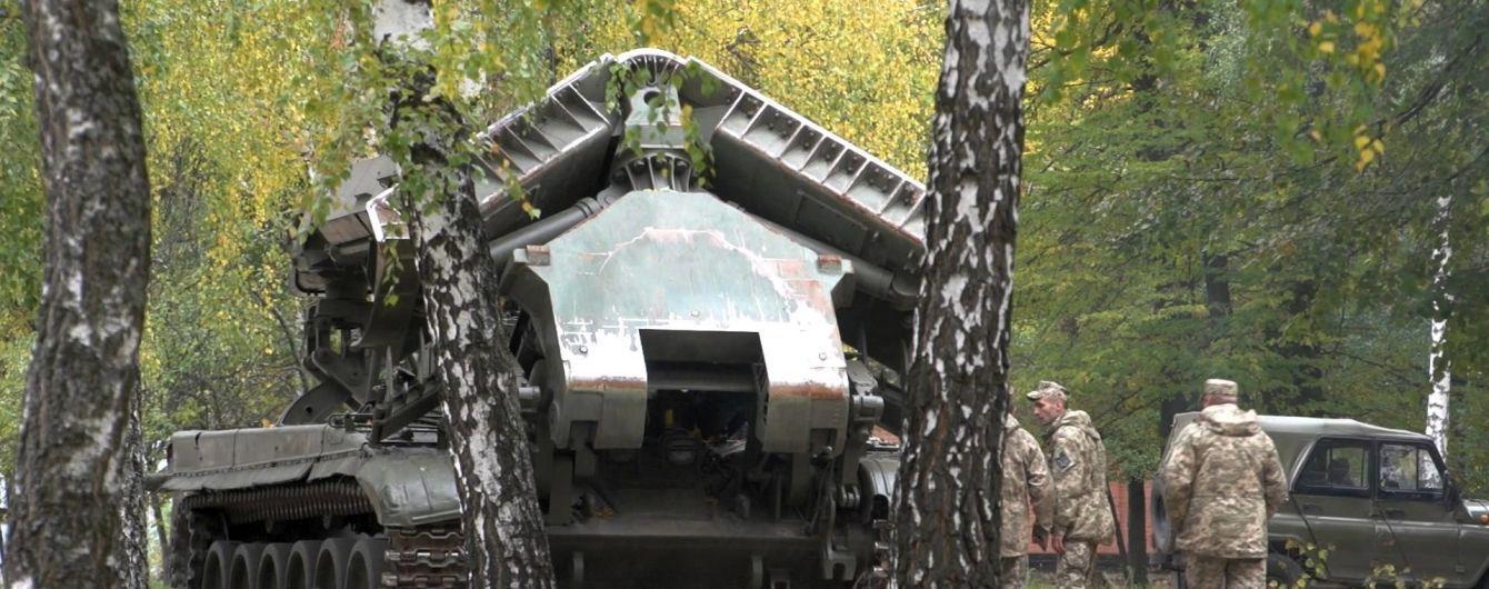 Один пожарный танк поломан, другой не завелся: житель Ични утверждает, что тушение пожара на складе не было