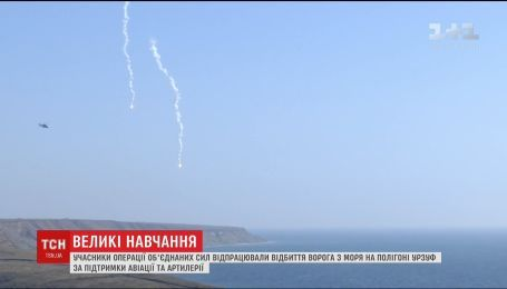 Военные отработали отражение врага с моря на полигоне Урзуф