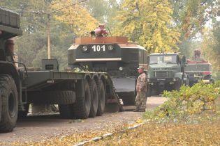 Ситуация на военном арсенале около Ични: тушение пожара и взрывы продолжаются
