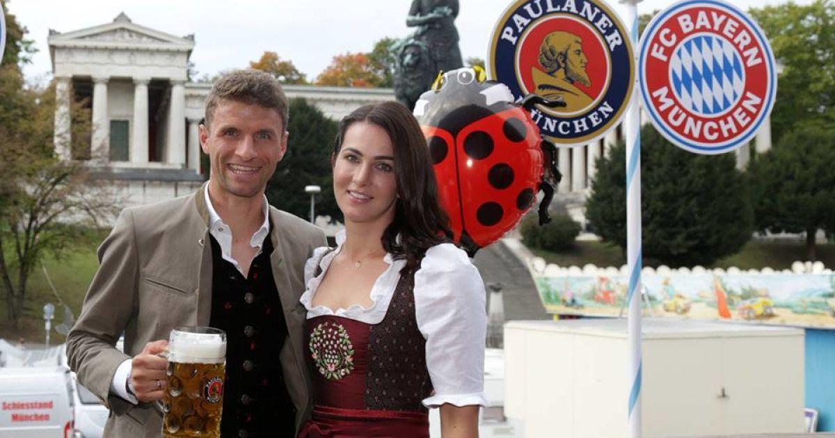 """Бавария"" на Октоберфест @ fcbayern.com"