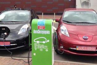 Правительство планирует отменить нулевые акцизы на ввоз электромобилей в Украину