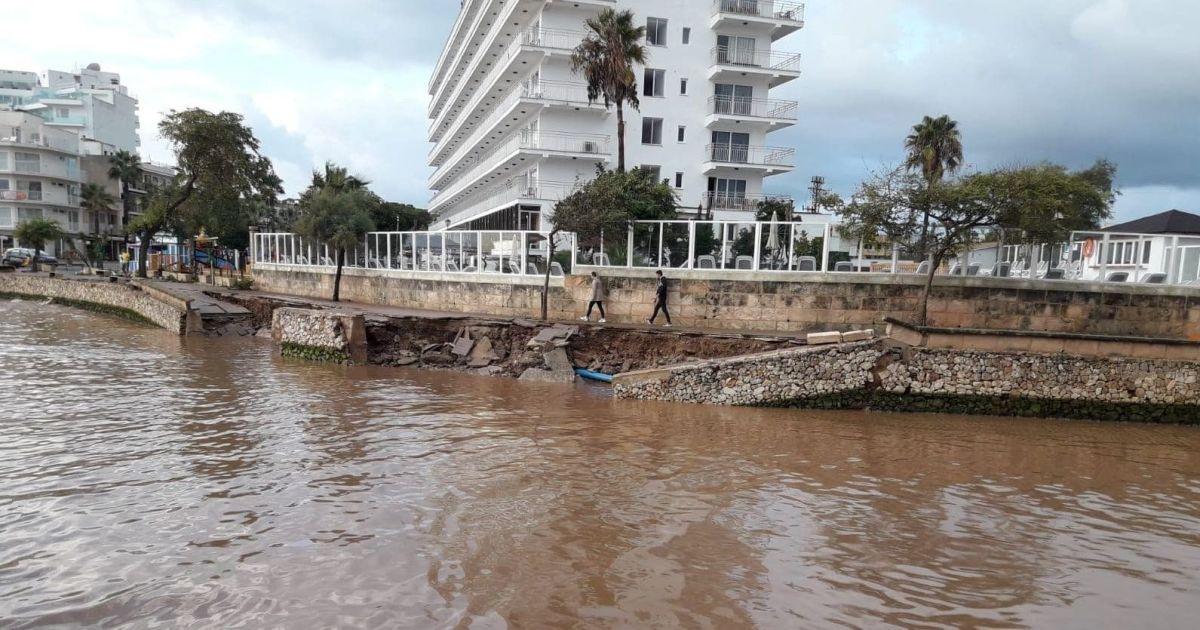 Повінь на острові Майорка в Іспанії @ Reuters