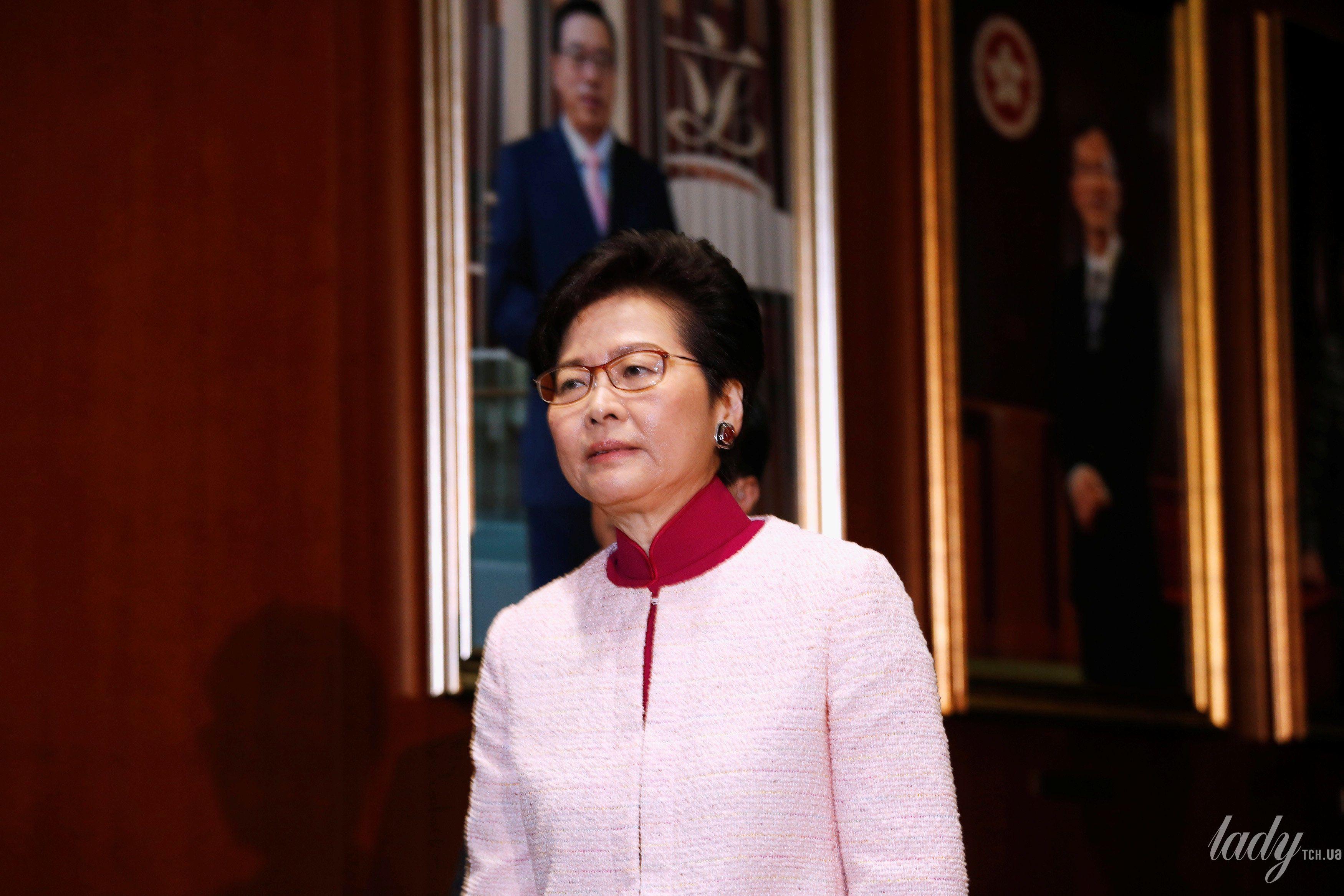 Глава администрации Гонконга Кэрри Лам_3