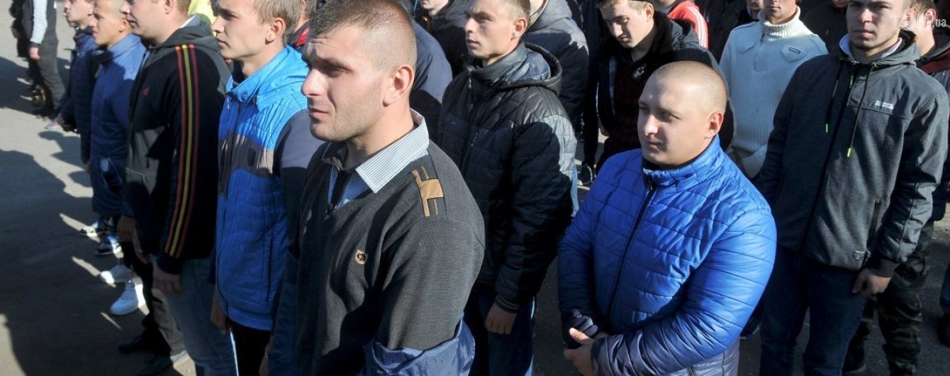 У військкоматі б'ють на сполох: призовна кампанія у Києві на межі зриву