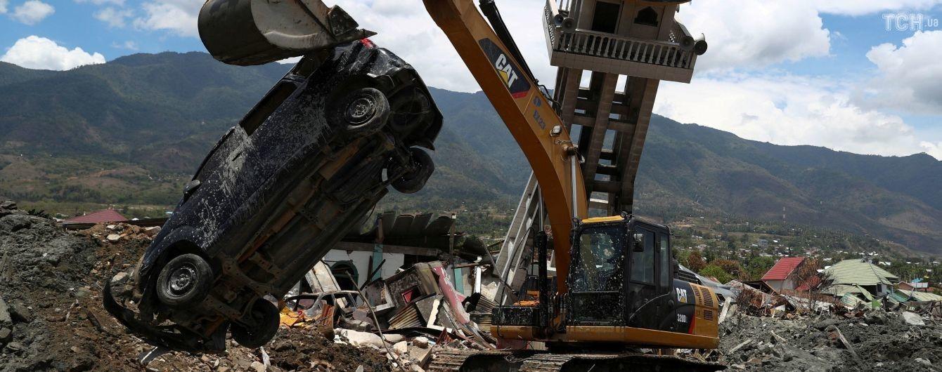 В Індонезії припиняють пошукову операцію після землетрусу та цунамі попри тисячі зниклих безвісти