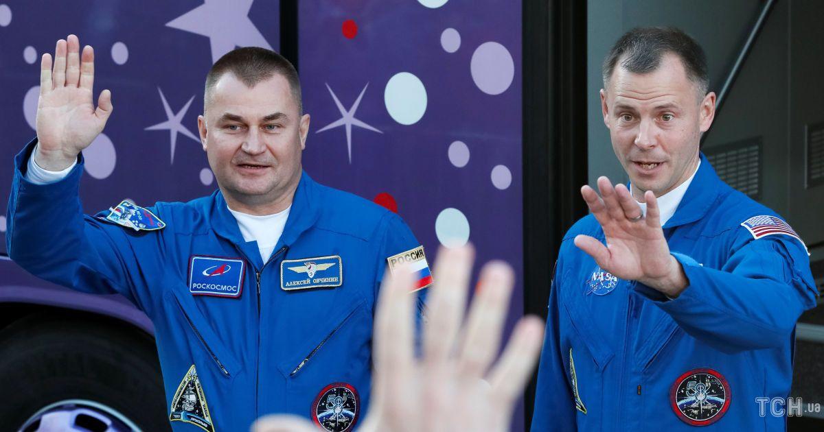 Американский астронавт Тайлер Хейг и российский космонавт Овчинин Николай