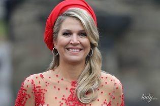 Ярко и прозрачно: королева Максима выбрала для посещения собора интересный наряд