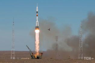 """У """"Роскосмосі"""" назвали причину аварії ракети """"Союз"""""""