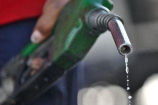 Українські водії провели масштабну акцію проти зрослих цін на бензин
