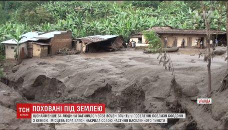 В африканской Уганде массивные оползни похоронили по меньшей мере 34 человека