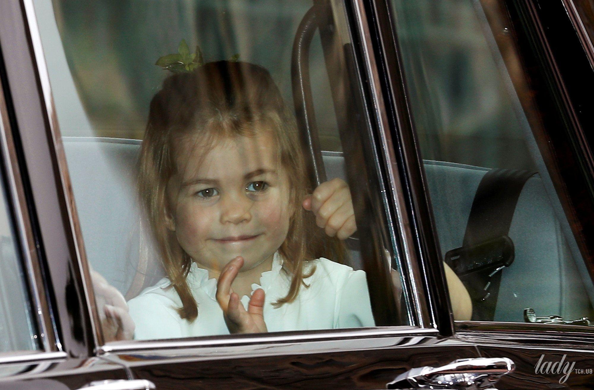 Дети на свадьбе принцессы Евгении_12
