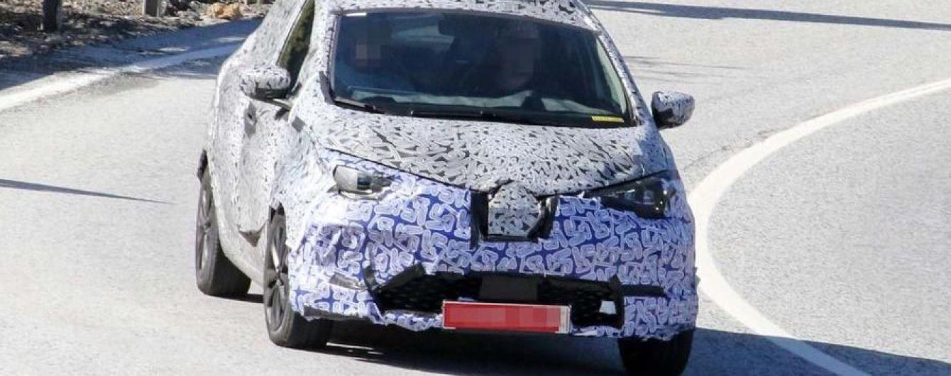 Новая платформа позволит Renault Zoe проезжать реальные 400 км