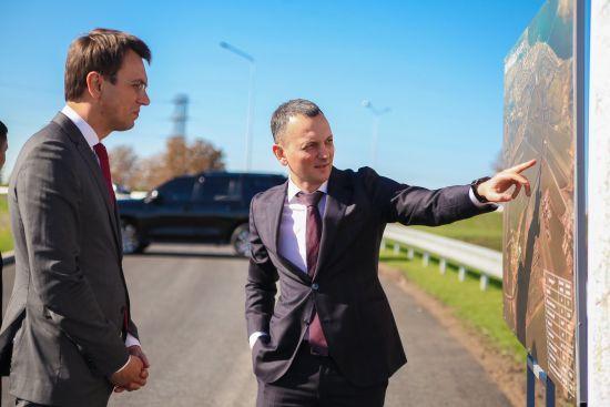Володимир Омелян: Дніпропетровська ОДА демонструє якісні зміни в дорожній галузі