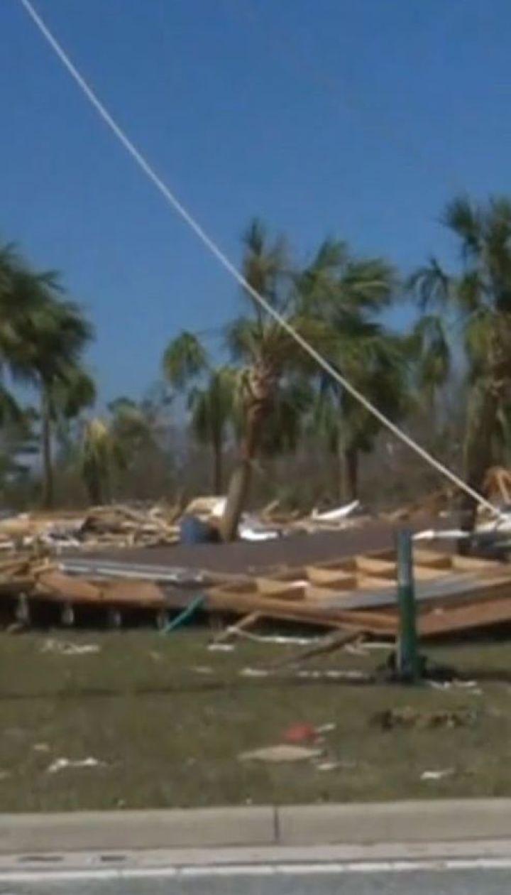 """Жертви стихії: у США ураган """"Майкл"""" забрав уже вісім людських життів"""