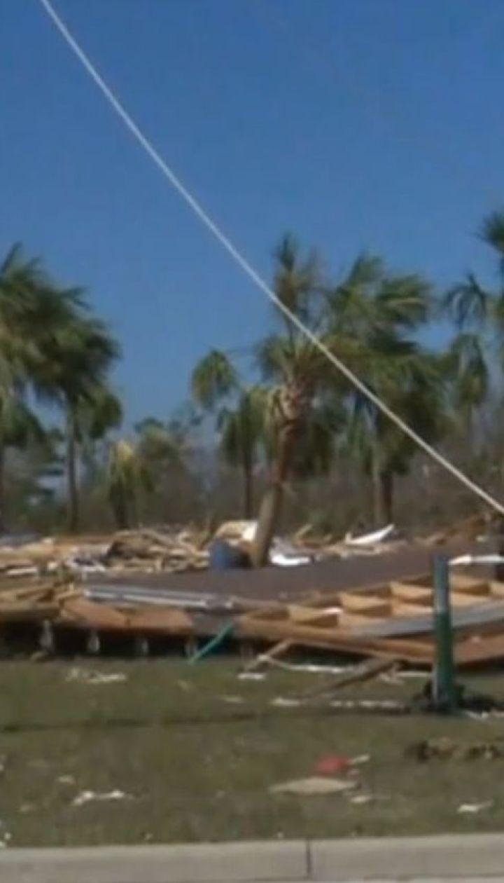 """Жертвы стихии: в США ураган """"Майкл"""" унес уже восемь человеческих жизней"""