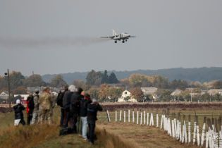 """Незважаючи на смертельну катастрофу Су-27, авіанавчання """"Чисте небо"""" продовжиться"""