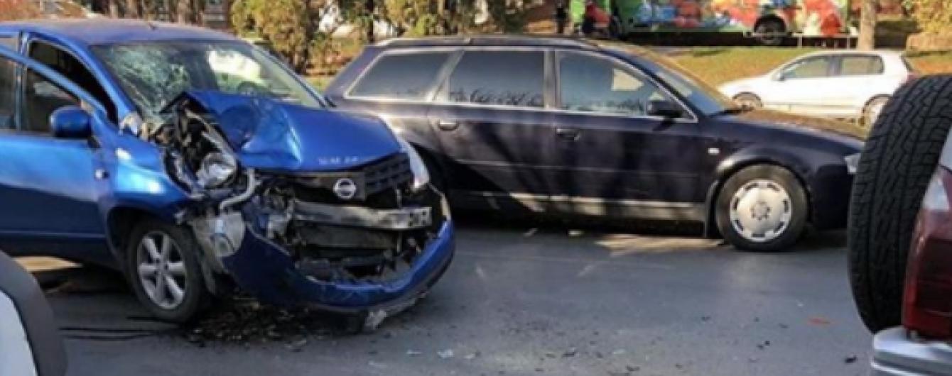 ДТП в прямом эфире: в Черновцах девушка попала в аварию во время стрима в Instagram