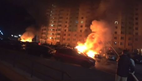 Сотруднице Коцюбинского поселкового совета сожгли две машины