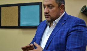 Депутат Київської міської ради випадково вистрілив собі в живіт з нагородної зброї