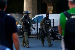 Поліція звільнила заручницю у Кельні. Злочинця тяжко поранено