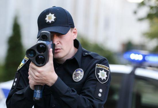 У поліції пообіцяли нові місця для TruCam і штрафи по 3400 гривень
