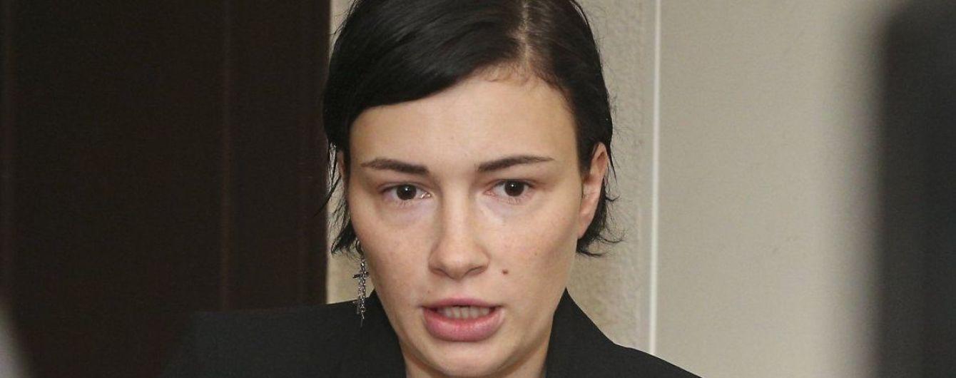 Устала слушать, что я не формат: Анастасия Приходько уходит со сцены