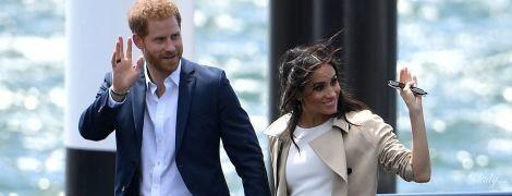 В білій сукні та на шпильках: перший вихід герцогині Сассекської після оголошення про вагітність