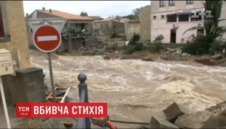 Франция страдает от масштабного наводнения, есть погибшие