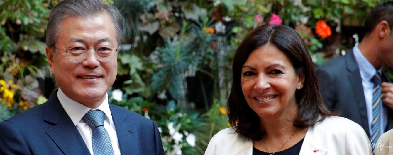 Красивая и стильная: мэр Парижа на встрече с президентской четой Южной Кореи