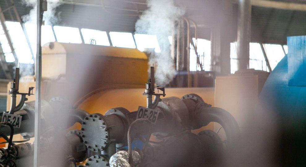 В Україні ще не скрізь почався опалювальний сезон - мерзнуть і в будинках, і в навчальних закладах